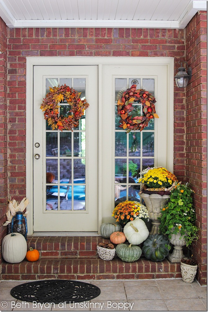 Decorating the back front porch for fall unskinny boppy - Fall porch decorating ideas ...