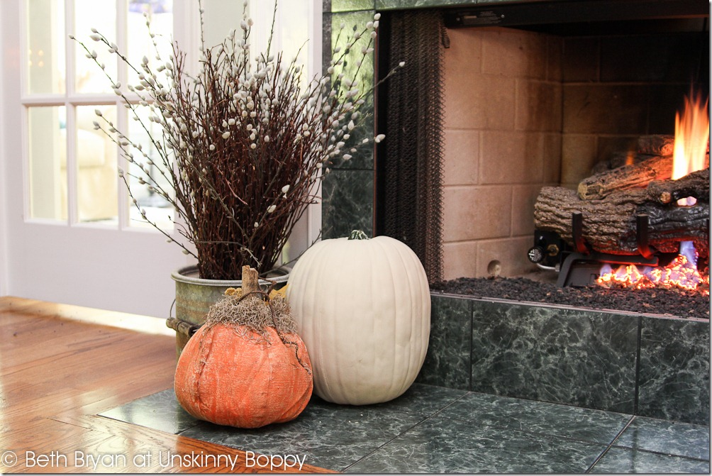 Fall and Thanksgiving Mantel decorating ideas-6