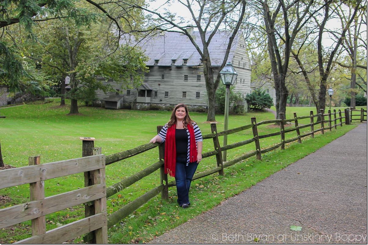 Planning a fall leaf-peeping vacation in Amish Country? Find the best things to do near Lancaster County & Intercourse, PA. The Ephrata Cloister, Hershey and Landis Valley.