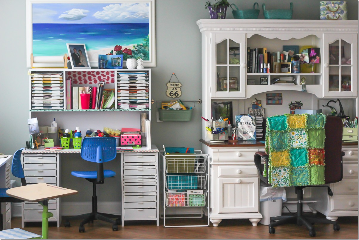 The most amazing scrapbooking room you ever did see - Scrapbooking storage ideas for small spaces plan ...