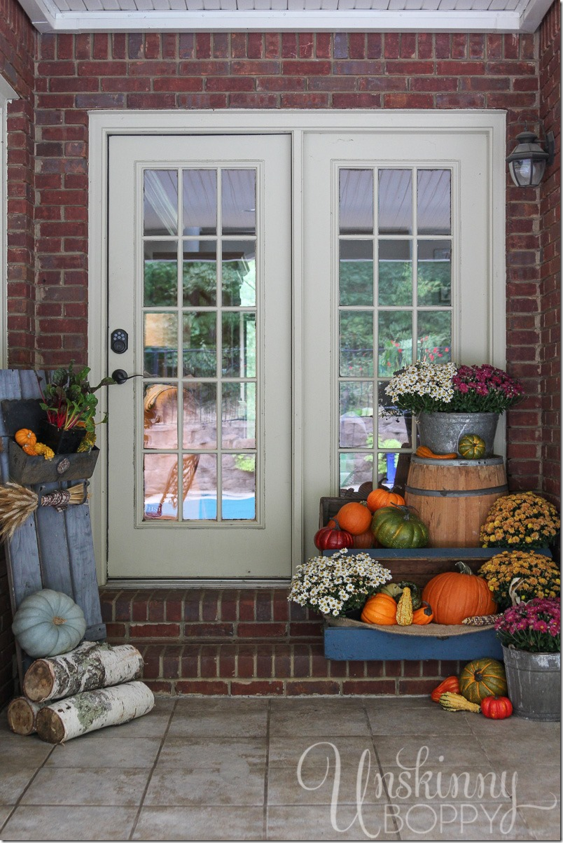 Fall porch decor with plants and pumpkins unskinny boppy - Fall porch decorating ideas ...