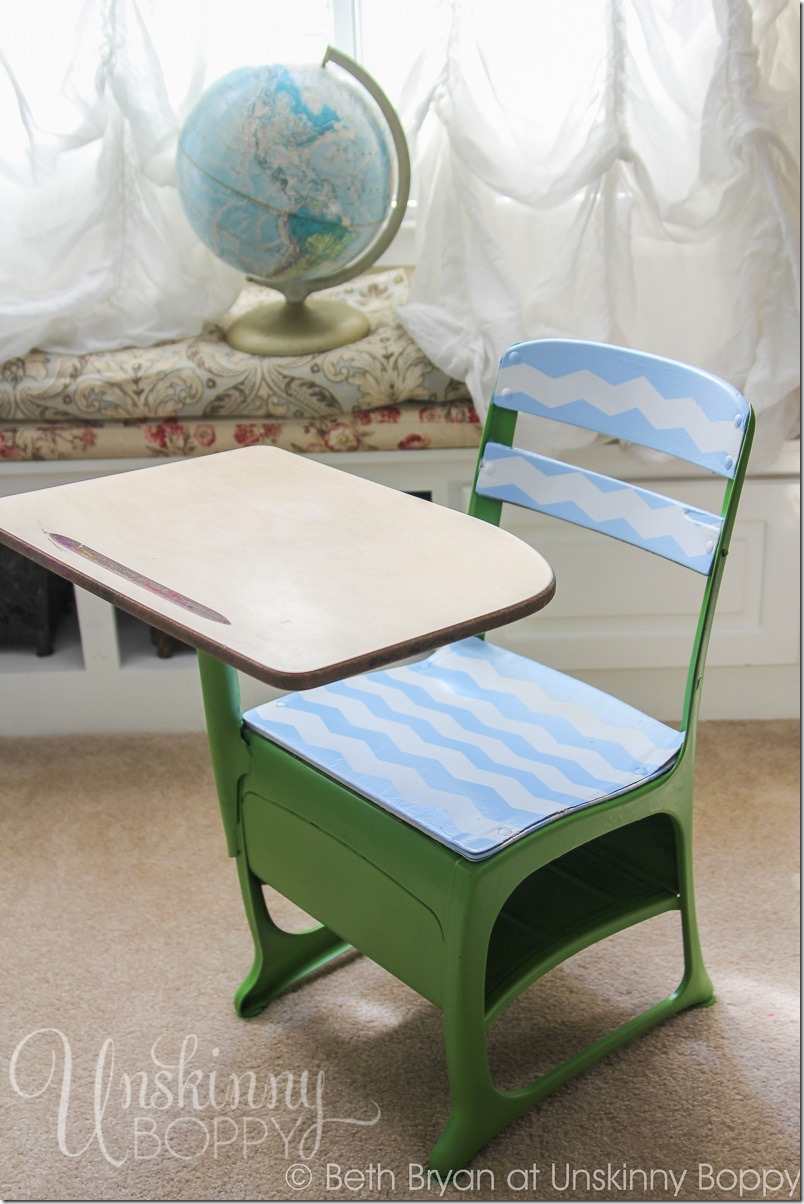 Vintage Student Desk DIY makeover-7