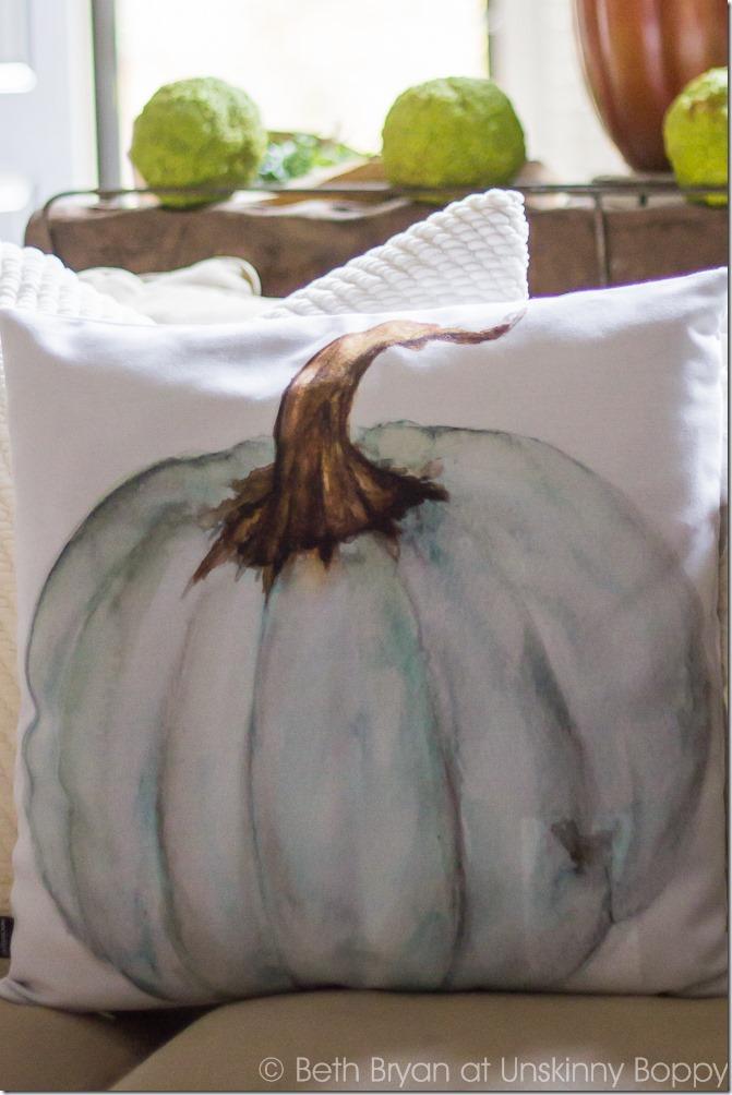 Watercolor Pumpkin Pillow-3