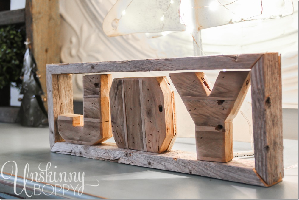 Wooden JOY letters - pretty Christmas decorating ideas by www.unskinnyboppy.com