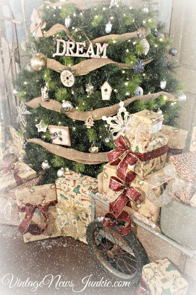 balsam-hill-christmas-tree-vintage-inspired