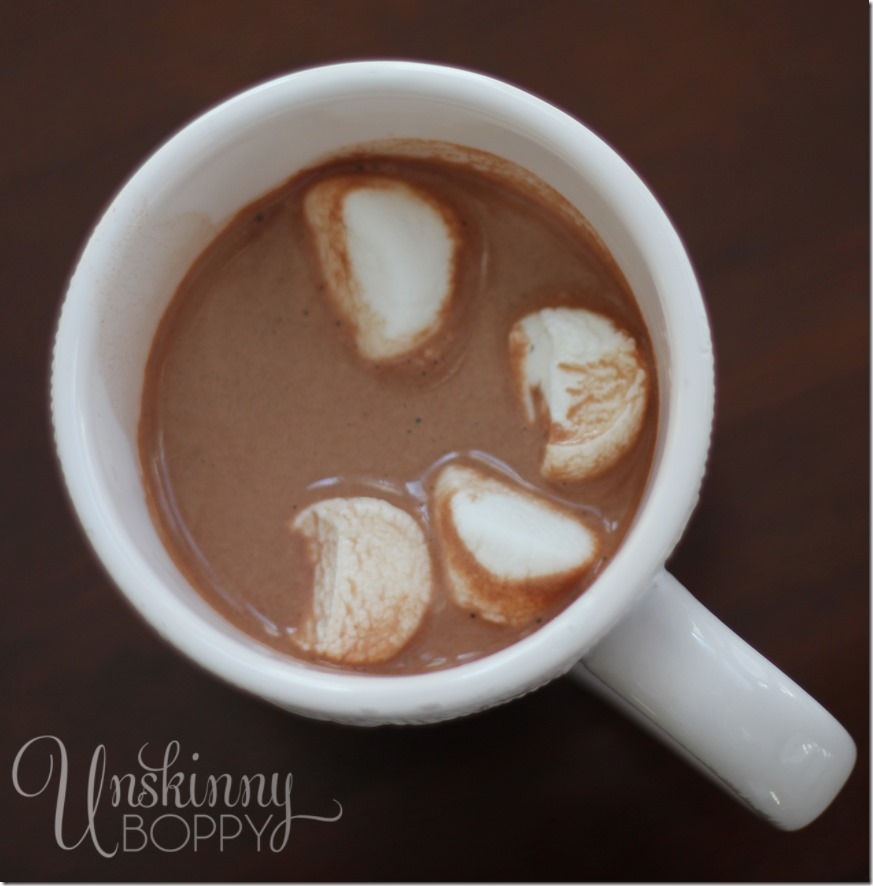 perfect-homemade-hot-chocolate-with-marshmallows