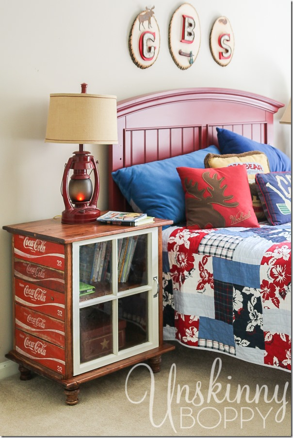 DIY night stands made from old Coca Cola crates-1
