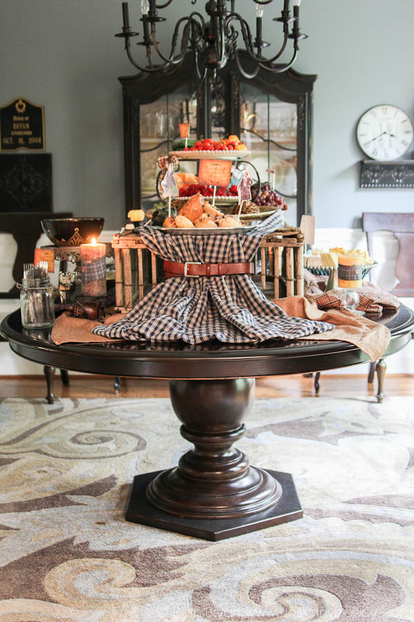Outlander Premier Party food and decorating ideas- use a belt on a piece of plaid to resemble a kilt