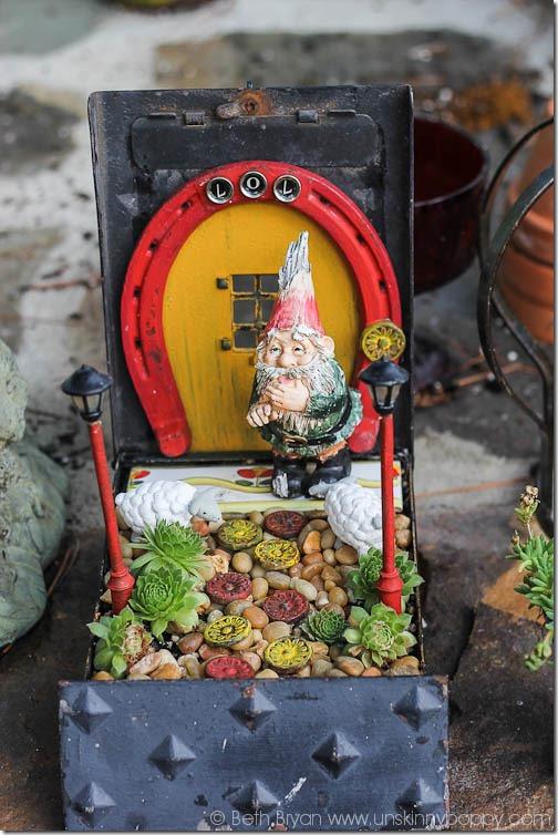 Amazing Fairy Garden Ideas-14