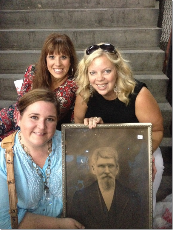 Finding creepy 19th century paintings with the girls!