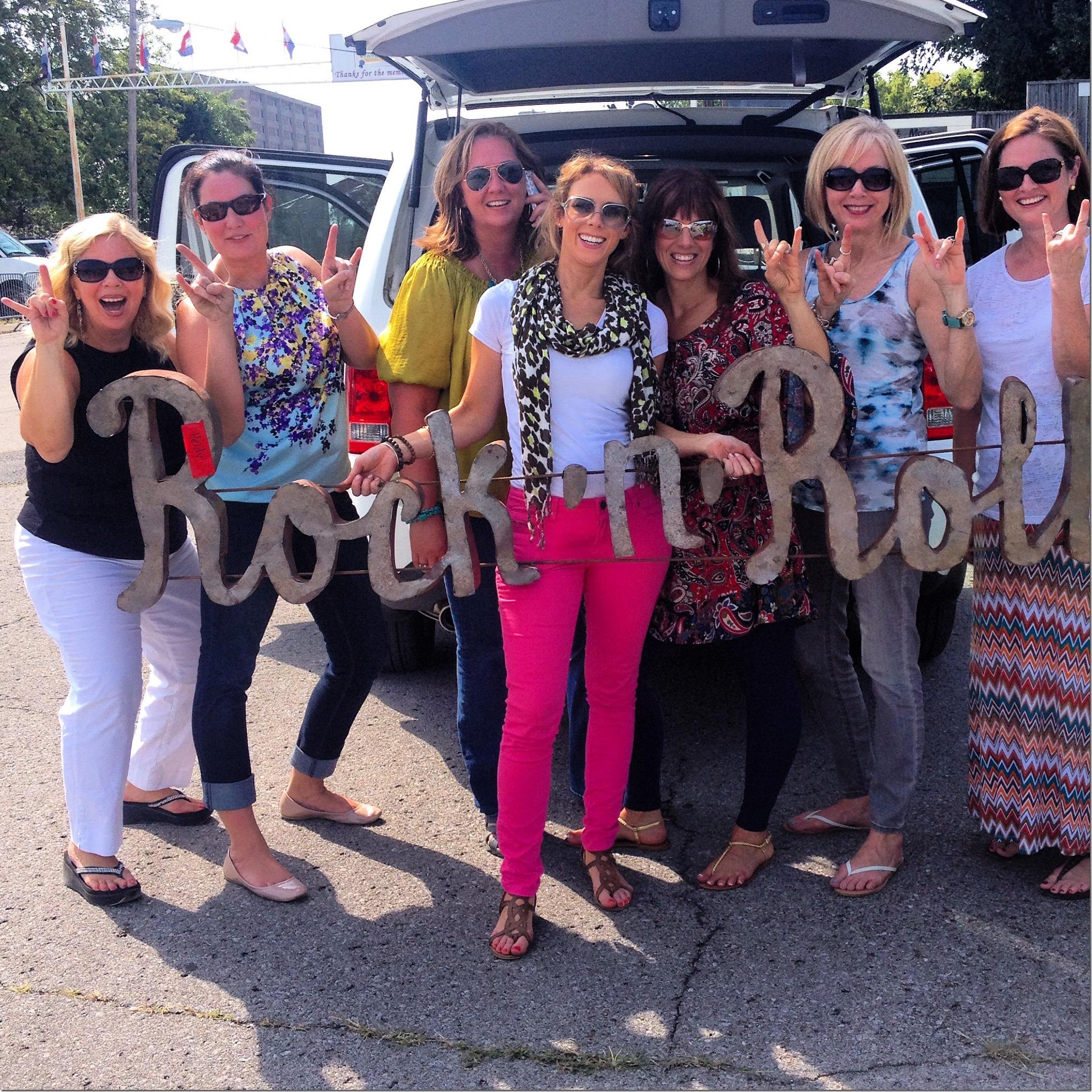 The Nashville ladies love a little rock n' roll in Nashville.