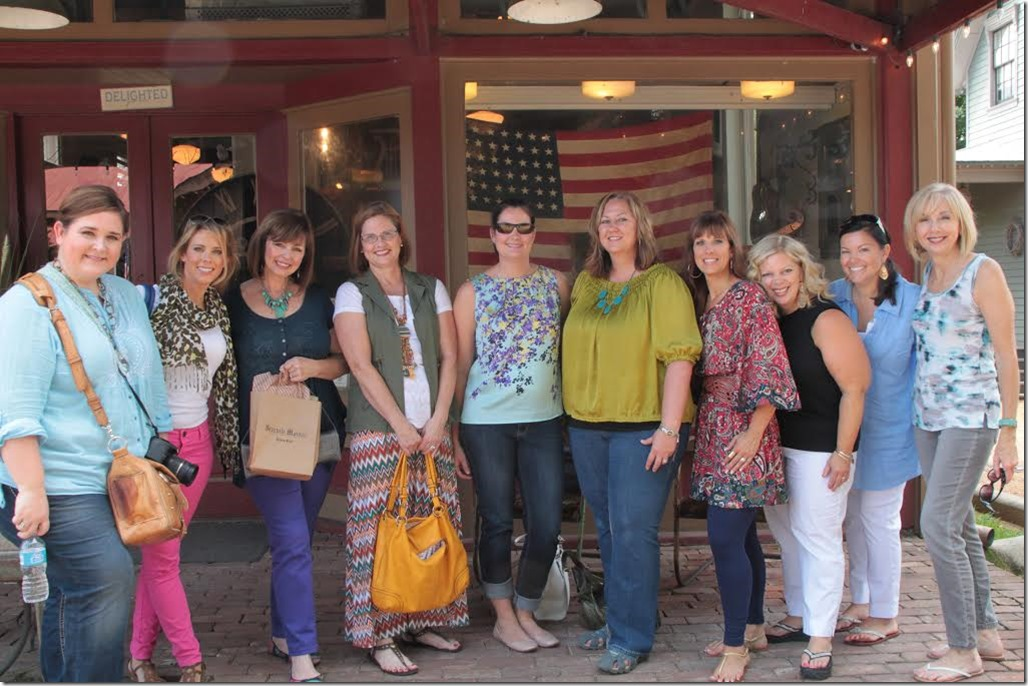 All of the Nashville bloggers on our trip to Nashville - a full day of shopping and fun.