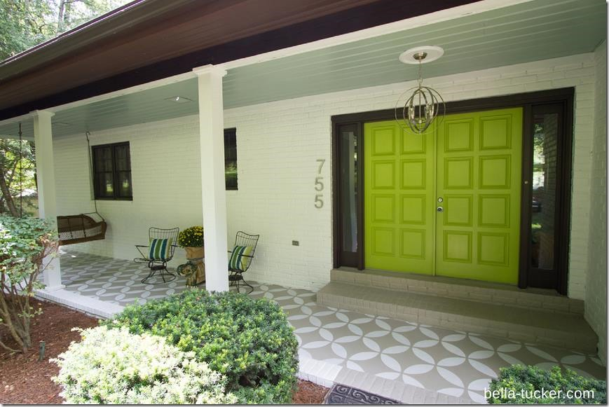 awesome front porch with green door