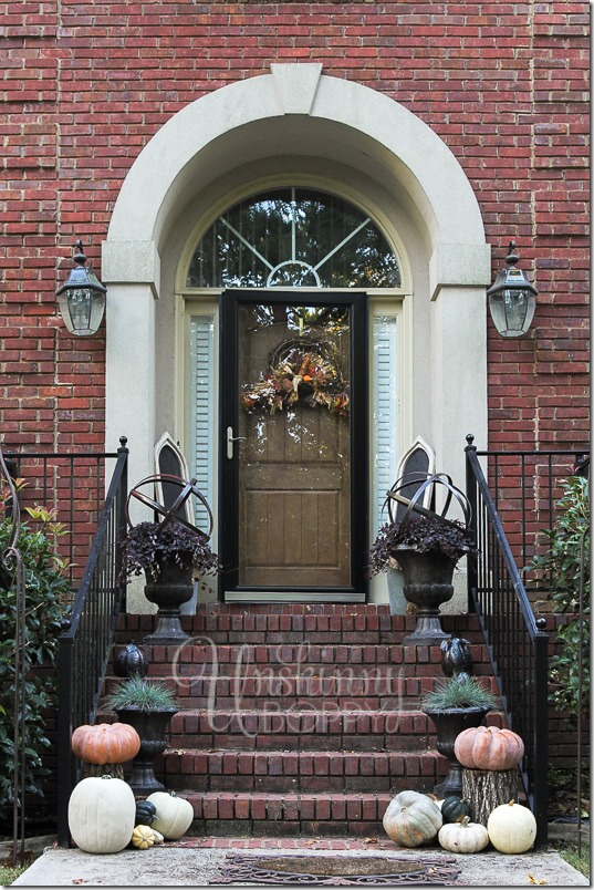 Ideas for decorating porches and patios for Fall