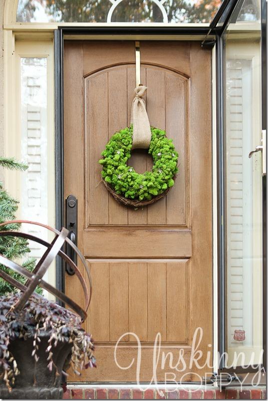 DIY Reindeer Moss Wreath-13
