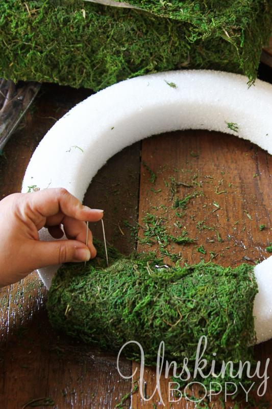 DIY Reindeer Moss Wreath