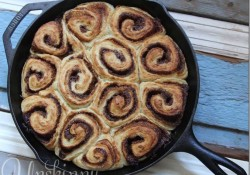 Homemade-Cinnamon-Rolls-in-Cast-Iron_thumb.jpg