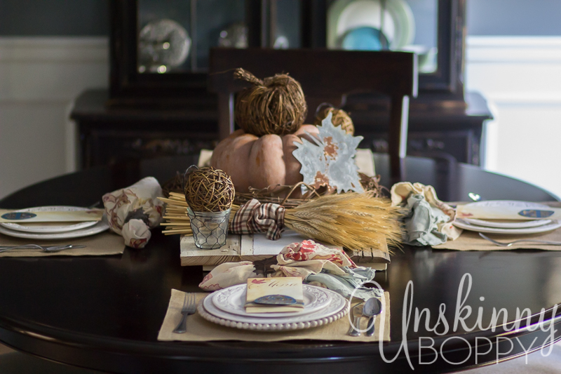 Thanksgiving Tablescape with custom menu placecards-3
