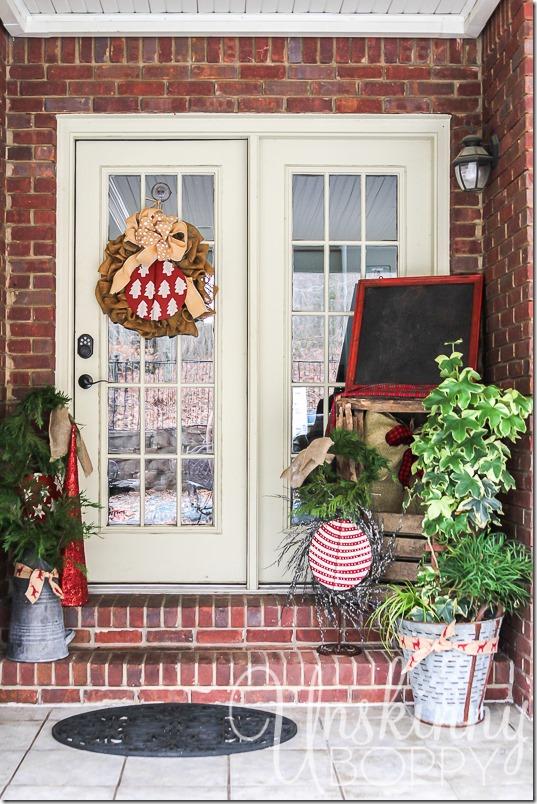 Christmas Porch decorating ideas-9