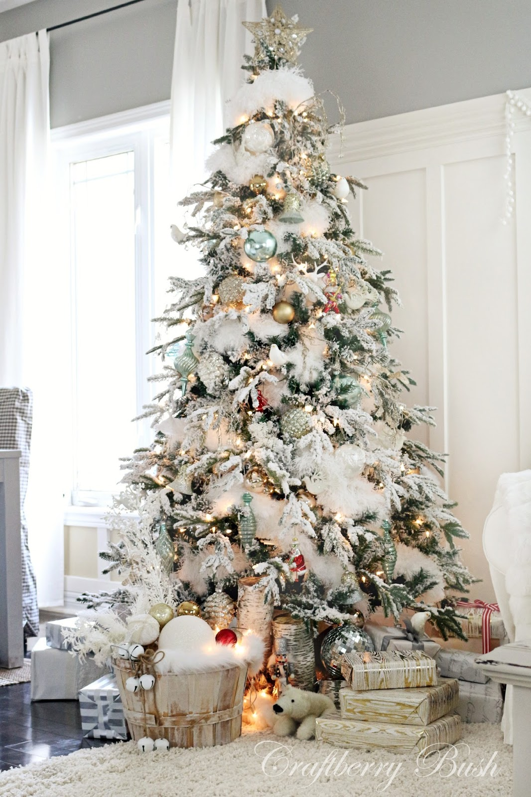 Holiday Home Tour Grand Finale: {Craftberry Bush} - Unskinny Boppy