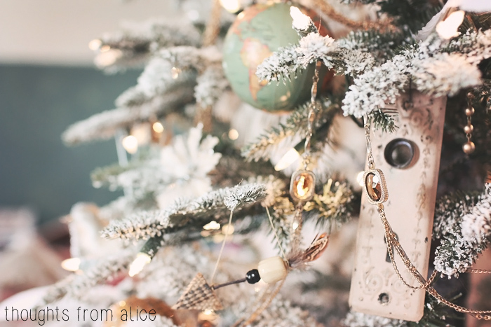 Eclectic-Boho-Christmas-Tree