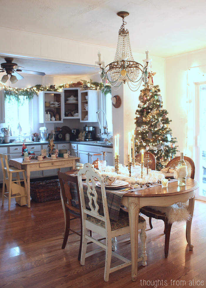 Holiday-Glam-Dining-Room