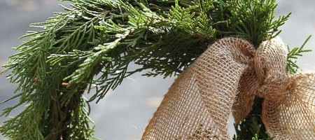 How to make simple evergreen wreaths for your holiday decor.
