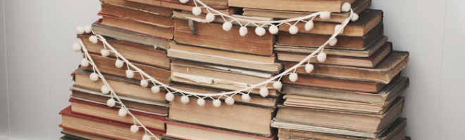 Vintage-Book-Stack-Christmas-Tree