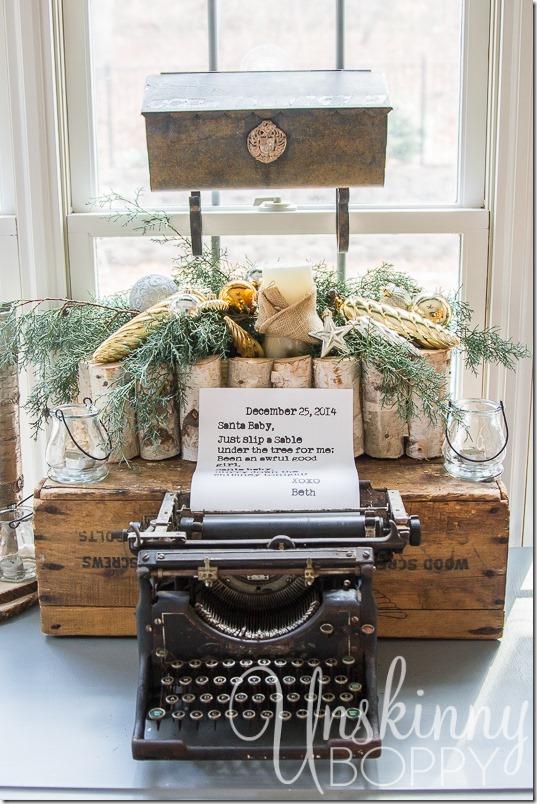 Vintage typewriter-1