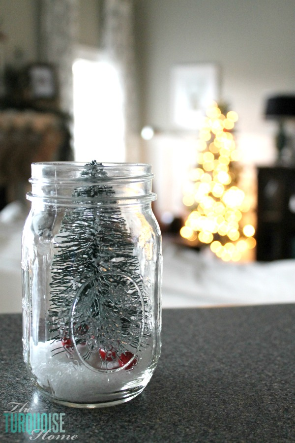 bottle-brush-christmas-tree-mason-jar-epsom-salt
