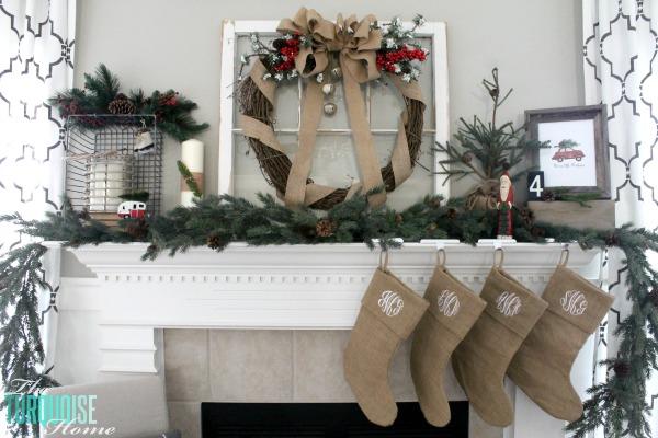simple pretty Christmas mantel