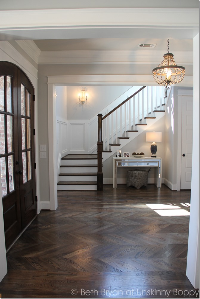 Foyer Lighting Trends : Five home decorating trends from the parade of homes