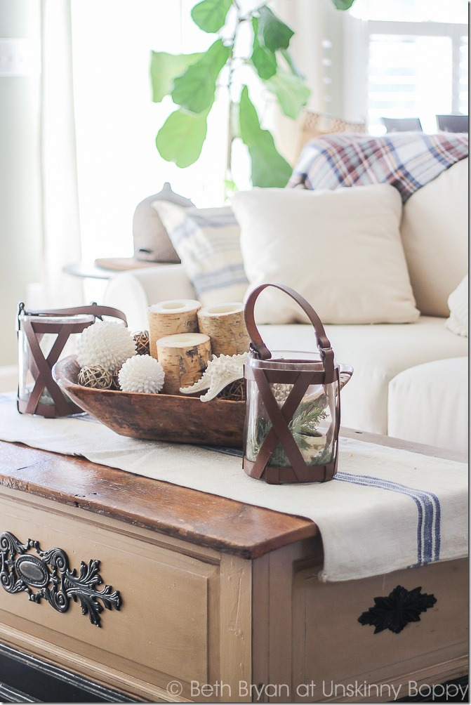 Coffee table decor with bread bowl and french grain sack