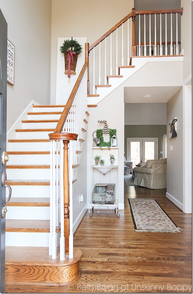 Foyer entry with staircase