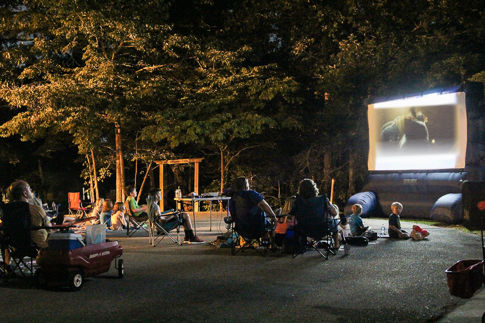 How to Host a Neighborhood Outdoor Movie Night with Projector