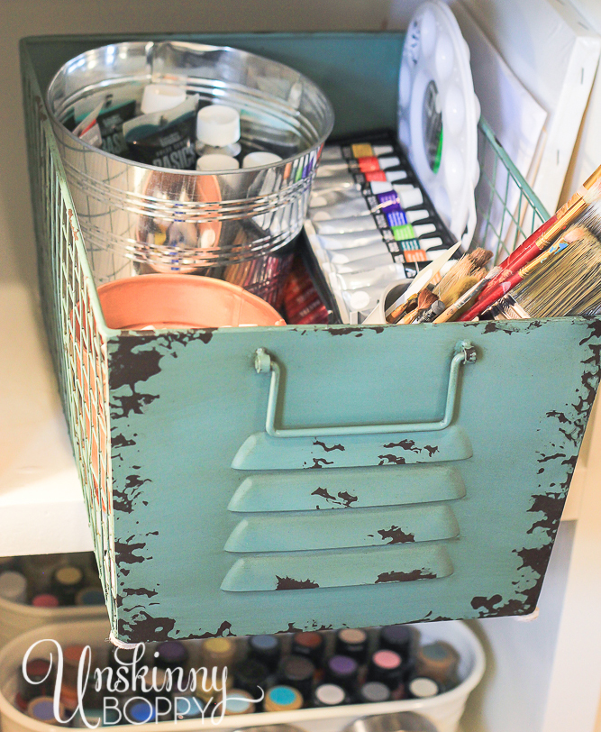 Paint supply storage