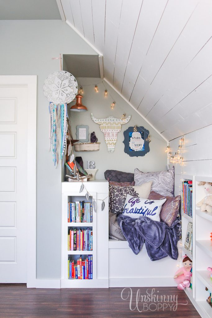 Colorful Book nook for kids playroom
