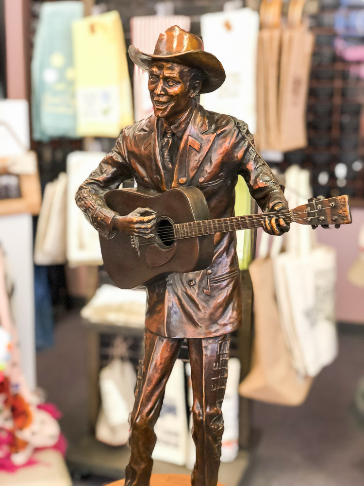 Hank Williams Statue