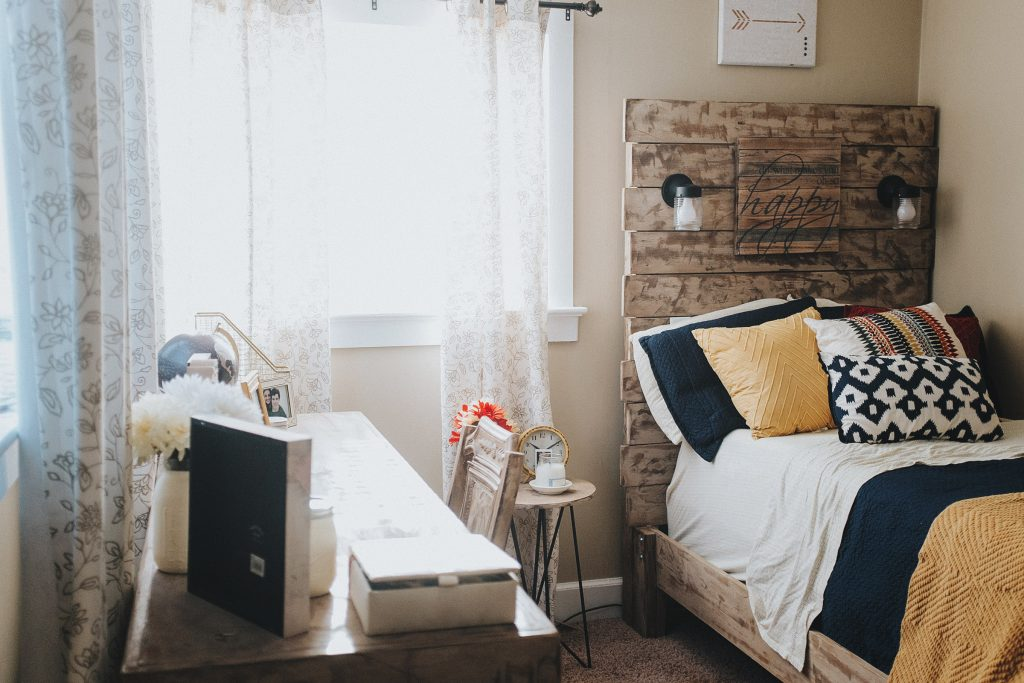 farmhouse Dorm room decor