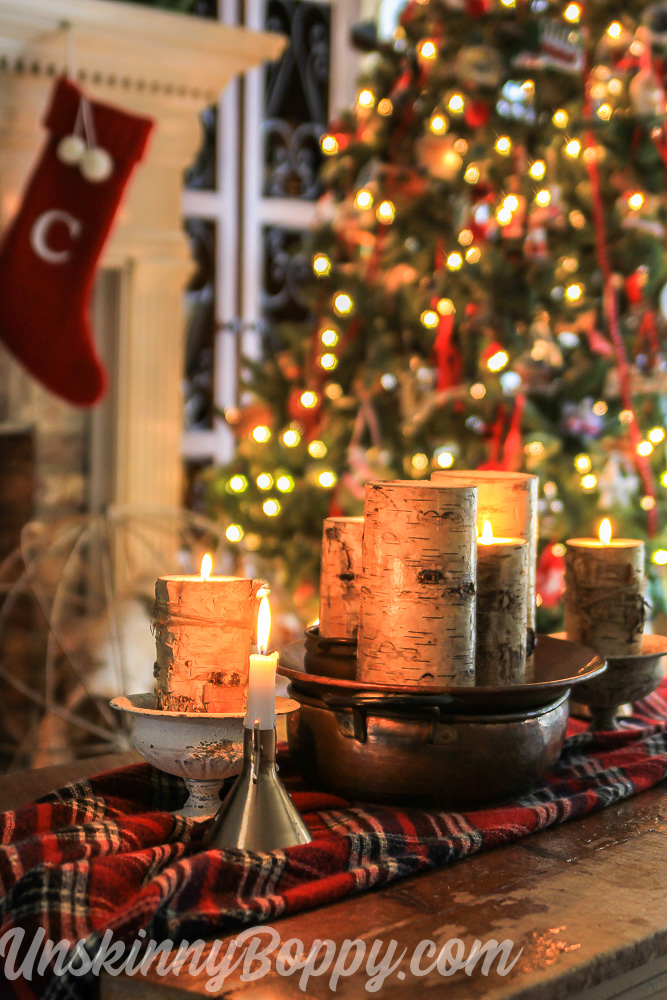 Christmas Decorating Ideas for the Coffee Table