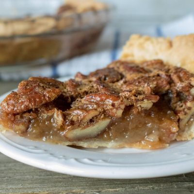 Thanksgiving Pecan Pie – Delicious Holiday Dessert