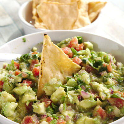 homemade chunky guacamole